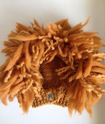 Lion mane hat1