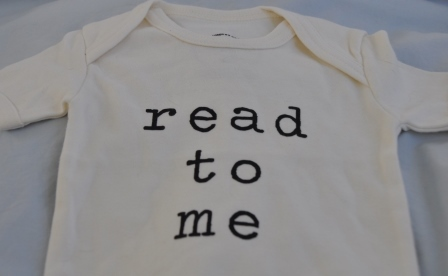 Read to me shirt from unalibri