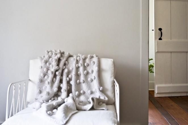 Falling-bobbles-blanket
